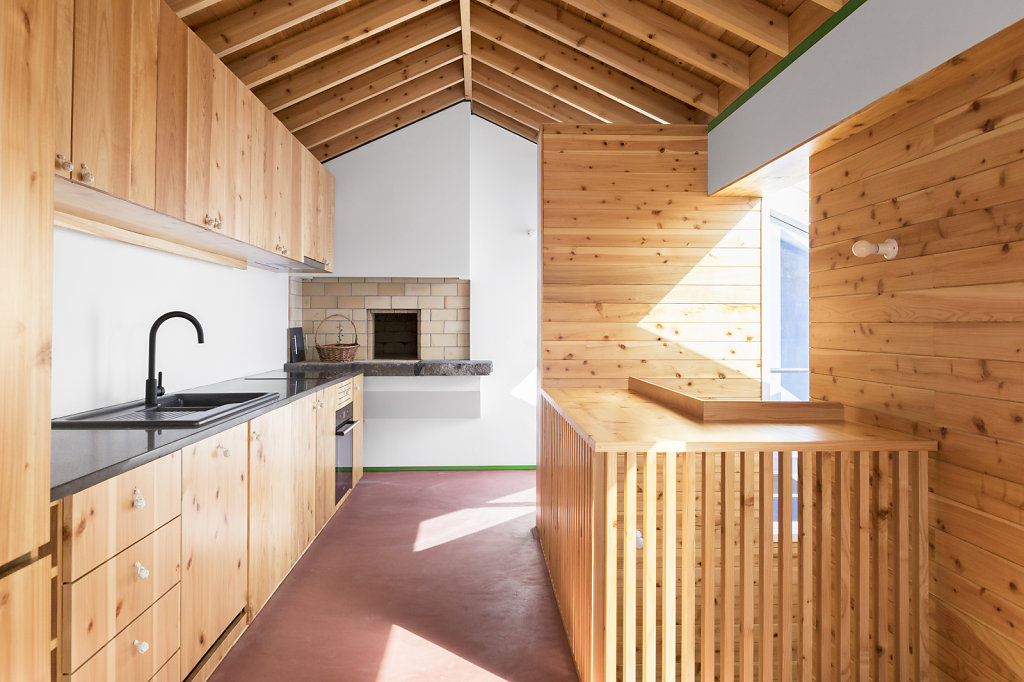 House in Horta by hÔm Arquitectura